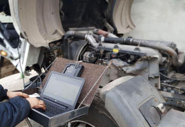 Выездная компьютерная диагностика грузовых автомобилей, автобусов, спецтехники - Диагностика грузовых машин с выездом;